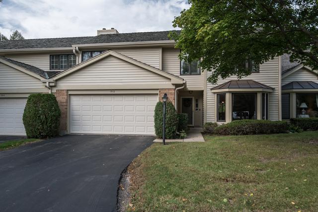 1512 Loatonia Court, Libertyville, IL 60048 (MLS #10420006) :: Helen Oliveri Real Estate