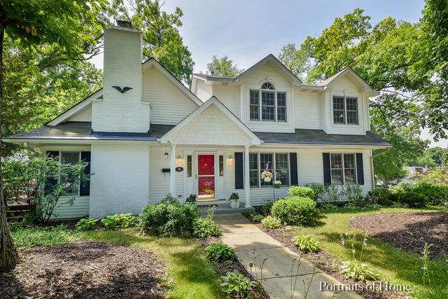 300 E Elmwood Avenue, West Chicago, IL 60185 (MLS #10420267) :: Angela Walker Homes Real Estate Group