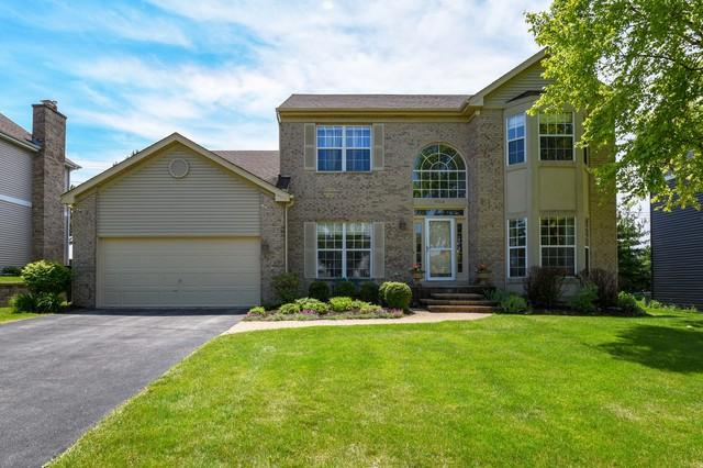 4564 Basswood Drive, Lisle, IL 60532 (MLS #10420343) :: Angela Walker Homes Real Estate Group
