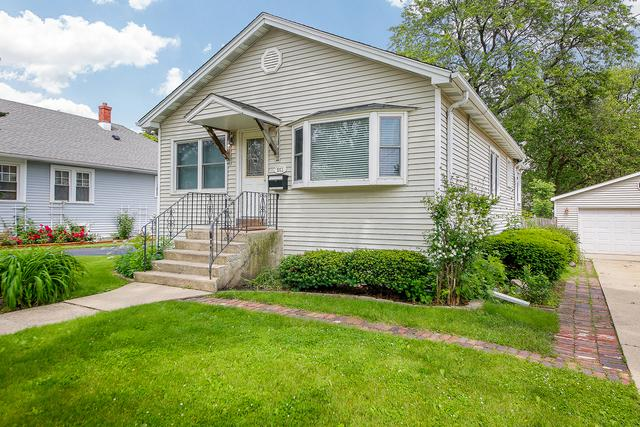 551 S Highland Avenue, Lombard, IL 60148 (MLS #10420534) :: Angela Walker Homes Real Estate Group