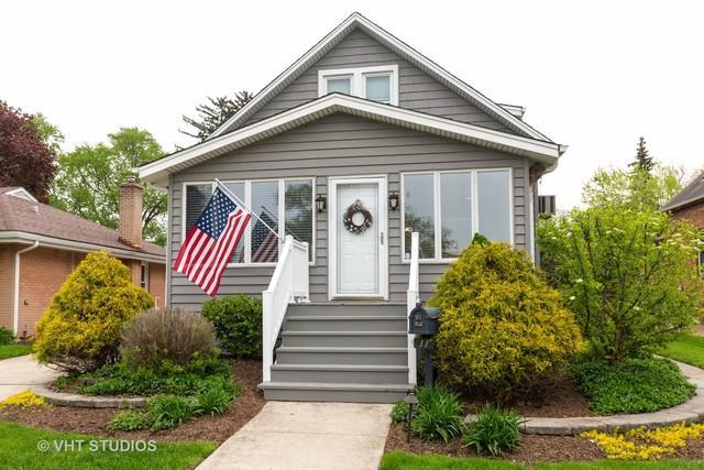 11 S Owen Street, Mount Prospect, IL 60056 (MLS #10420558) :: Helen Oliveri Real Estate