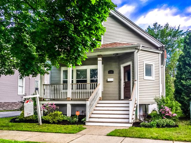 2341 W 111th Place, Chicago, IL 60643 (MLS #10420639) :: Angela Walker Homes Real Estate Group
