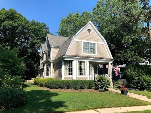 227 1St Street, Libertyville, IL 60048 (MLS #10420979) :: Helen Oliveri Real Estate