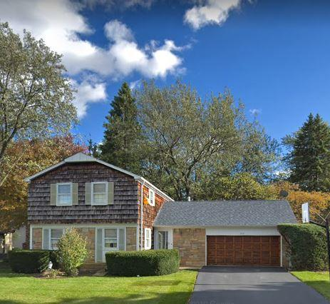 360 Springside Lane, Buffalo Grove, IL 60089 (MLS #10421142) :: Helen Oliveri Real Estate