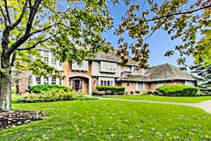 1215 W Golf Road, Libertyville, IL 60048 (MLS #10421144) :: Berkshire Hathaway HomeServices Snyder Real Estate