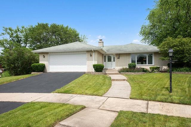 15131 Teebrook Drive, Orland Park, IL 60462 (MLS #10421379) :: Century 21 Affiliated