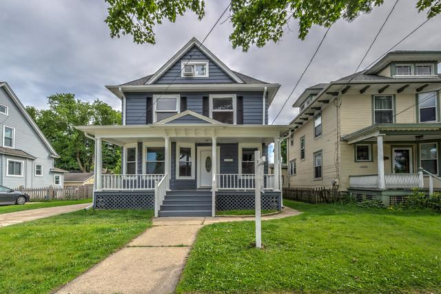 479 Barrett Street, Elgin, IL 60120 (MLS #10421729) :: BNRealty