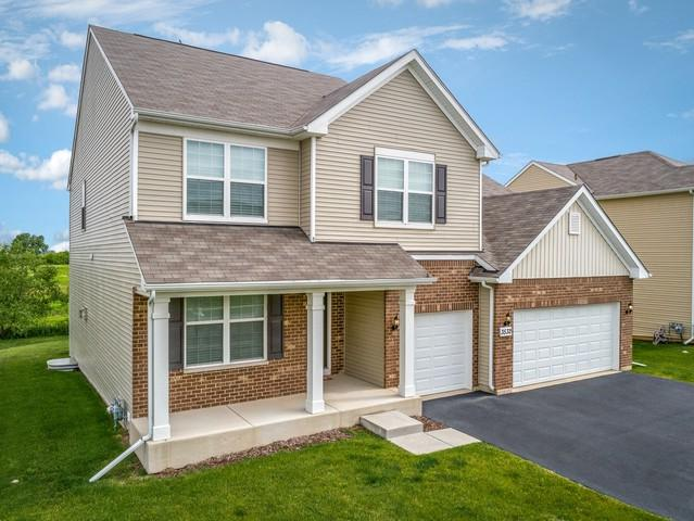 3532 Crestwood Lane, Carpentersville, IL 60110 (MLS #10421795) :: The Dena Furlow Team - Keller Williams Realty