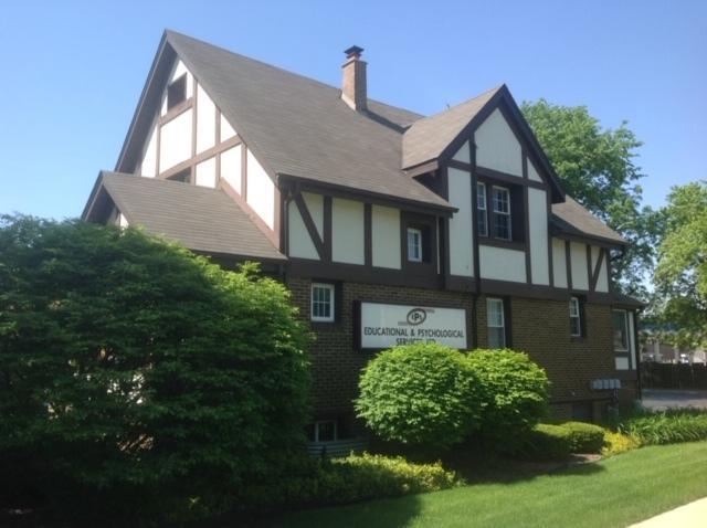 847 N Center Street, Naperville, IL 60540 (MLS #10421913) :: Ryan Dallas Real Estate