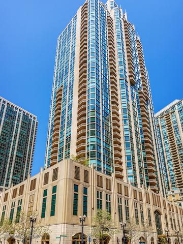 21 E Huron Street #1605, Chicago, IL 60611 (MLS #10421975) :: The Perotti Group | Compass Real Estate