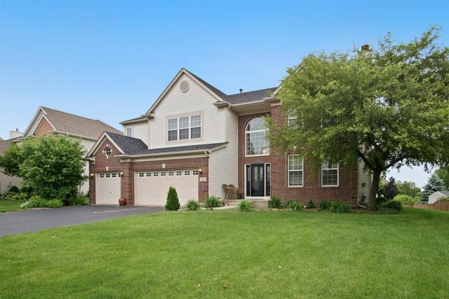 2560 Mcduffee Circle, North Aurora, IL 60542 (MLS #10422002) :: Berkshire Hathaway HomeServices Snyder Real Estate