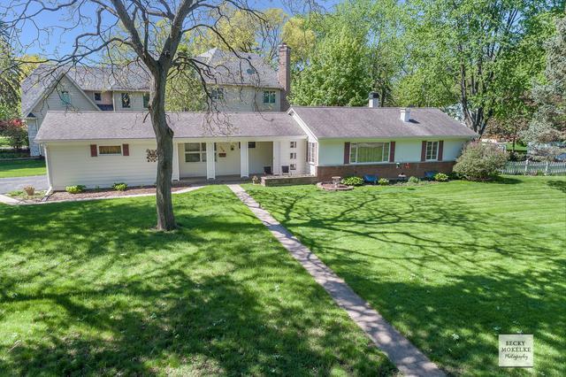 520 E 8th Avenue, Naperville, IL 60563 (MLS #10422141) :: Ryan Dallas Real Estate