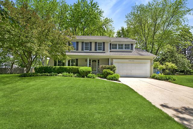 1716 Cedar Glen Court, Libertyville, IL 60048 (MLS #10422412) :: Berkshire Hathaway HomeServices Snyder Real Estate