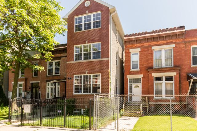 2427 W Grenshaw Street #2, Chicago, IL 60612 (MLS #10422662) :: Angela Walker Homes Real Estate Group