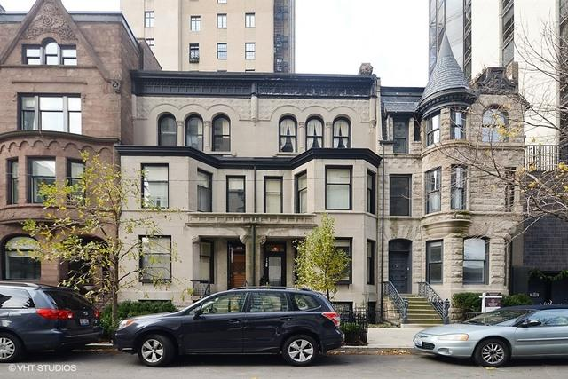 1306 N Ritchie Court, Chicago, IL 60610 (MLS #10422691) :: The Perotti Group | Compass Real Estate