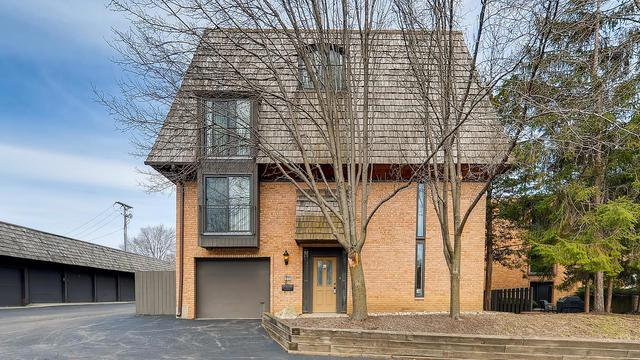 588 W Russell Street #10588, Barrington, IL 60010 (MLS #10422764) :: The Jacobs Group