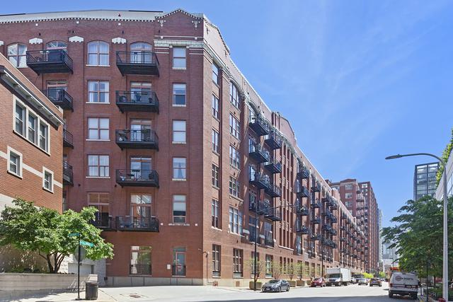 360 W Illinois Street #111, Chicago, IL 60654 (MLS #10422806) :: The Perotti Group | Compass Real Estate