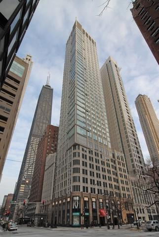 57 E Delaware Place #2705, Chicago, IL 60611 (MLS #10422864) :: The Perotti Group | Compass Real Estate
