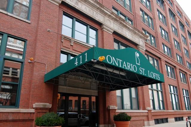 411 W Ontario Street #721, Chicago, IL 60654 (MLS #10422965) :: The Mattz Mega Group