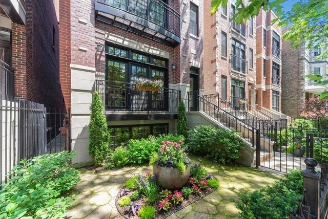 3247 N Clifton Avenue #1, Chicago, IL 60657 (MLS #10422974) :: The Perotti Group | Compass Real Estate