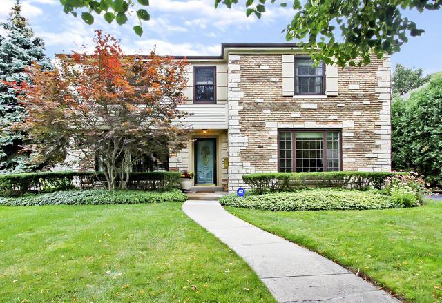 825 Surrey Lane, Glenview, IL 60025 (MLS #10422993) :: Ryan Dallas Real Estate