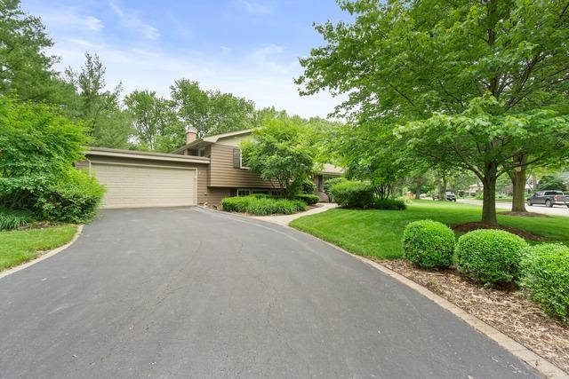 139 Sandalwood Drive, Naperville, IL 60540 (MLS #10423046) :: Berkshire Hathaway HomeServices Snyder Real Estate