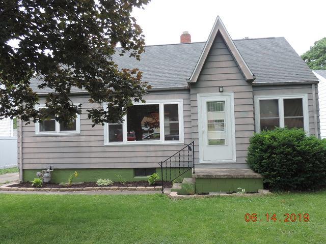 860 W Harper Avenue, Decatur, IL 62526 (MLS #10423197) :: Berkshire Hathaway HomeServices Snyder Real Estate
