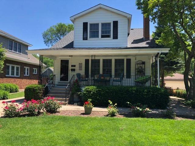 187 N Myrtle Avenue N, Elmhurst, IL 60126 (MLS #10423285) :: Ryan Dallas Real Estate