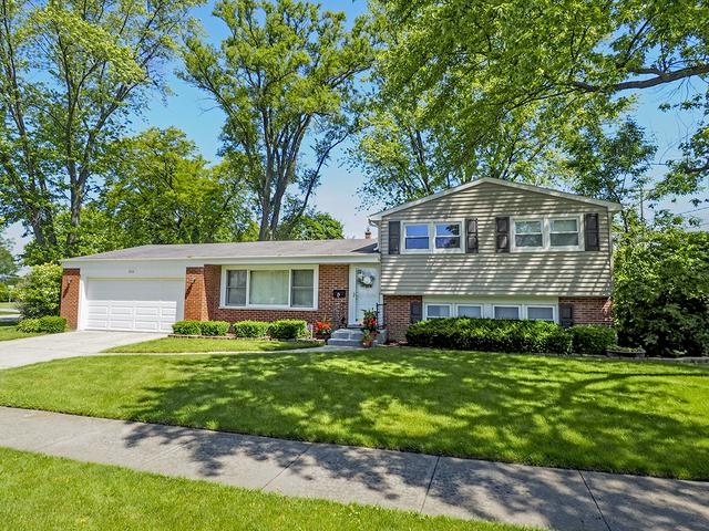 2111 N Verde Drive, Arlington Heights, IL 60004 (MLS #10423337) :: The Perotti Group | Compass Real Estate