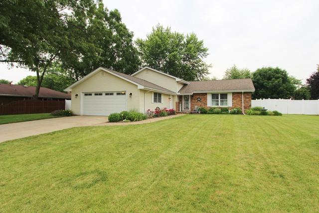 1815 Pamela Court, Morris, IL 60450 (MLS #10423351) :: The Perotti Group | Compass Real Estate