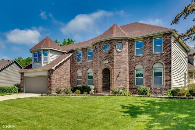693 Chippewa Drive, Naperville, IL 60563 (MLS #10423404) :: The Mattz Mega Group