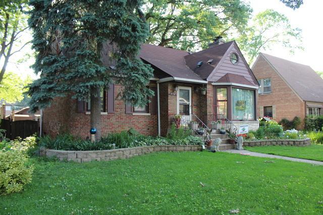 9534 S 50th Court, Oak Lawn, IL 60453 (MLS #10423426) :: Ryan Dallas Real Estate