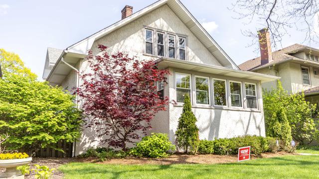 622 Wisconsin Avenue, Oak Park, IL 60304 (MLS #10423632) :: Ryan Dallas Real Estate