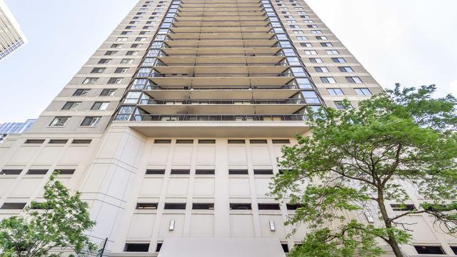 33 W Delaware Place 7A, Chicago, IL 60610 (MLS #10423957) :: Ryan Dallas Real Estate