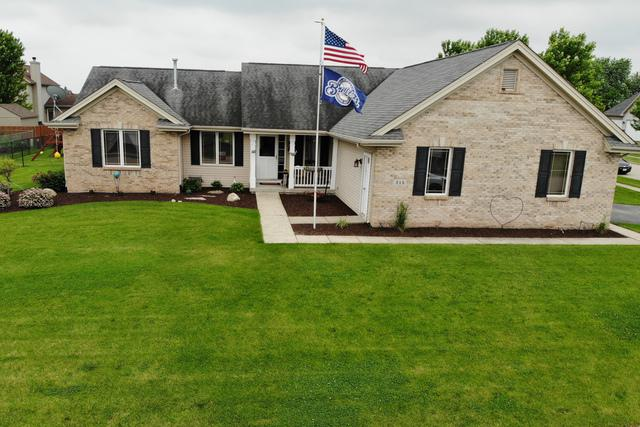 215 Prairie Trail, Stillman Valley, IL 61084 (MLS #10424155) :: Ani Real Estate