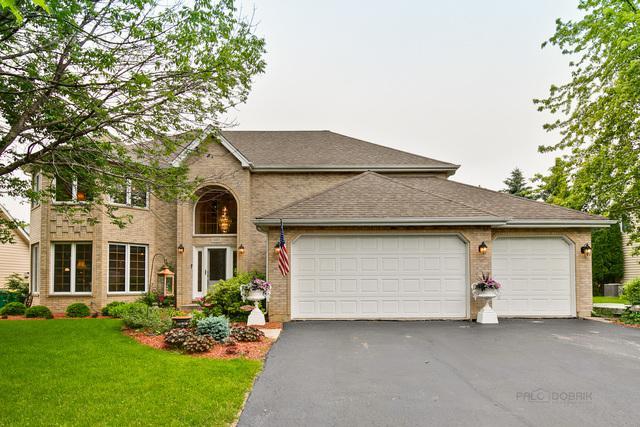 880 Fieldale Lane, Grayslake, IL 60030 (MLS #10424337) :: BNRealty