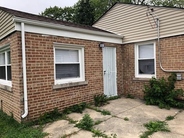 915 W Vermont Avenue, Chicago, IL 60643 (MLS #10424900) :: Ani Real Estate