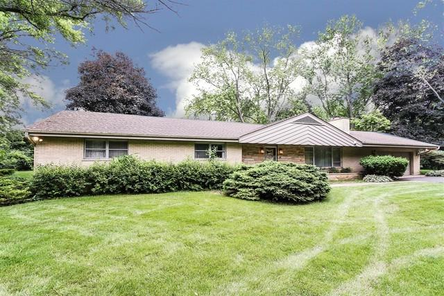 123 Vance Court, Lake Barrington, IL 60010 (MLS #10425414) :: The Jacobs Group