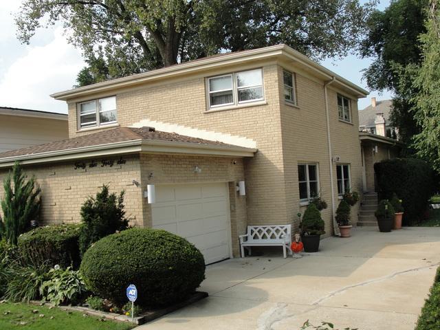 4646 Grove Street, Skokie, IL 60076 (MLS #10425529) :: Ryan Dallas Real Estate