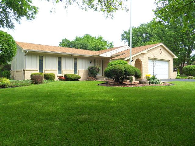290 Kingsway Drive, Aurora, IL 60506 (MLS #10426038) :: The Wexler Group at Keller Williams Preferred Realty