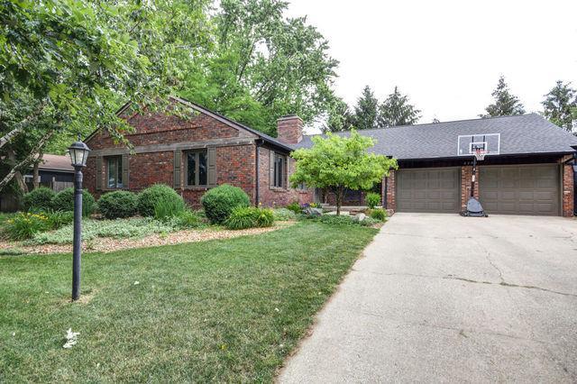 2208 Galen Drive, Champaign, IL 61821 (MLS #10426655) :: Ryan Dallas Real Estate