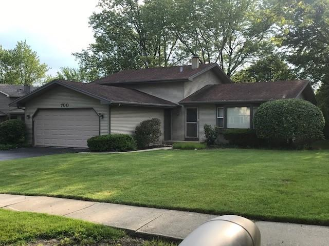 700 Federal Parkway, Lindenhurst, IL 60046 (MLS #10426657) :: Berkshire Hathaway HomeServices Snyder Real Estate