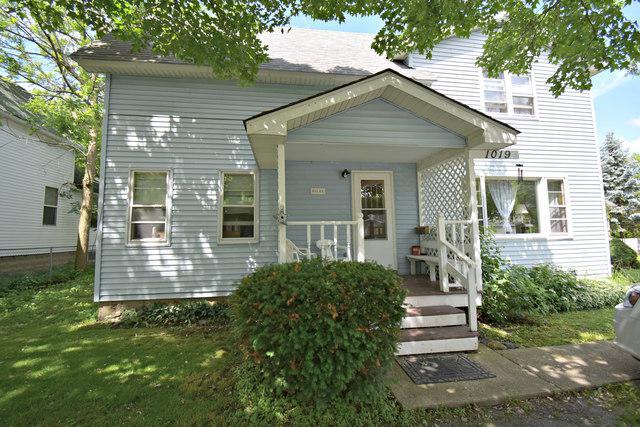 1019 Tappan Street, Woodstock, IL 60098 (MLS #10426791) :: Lewke Partners