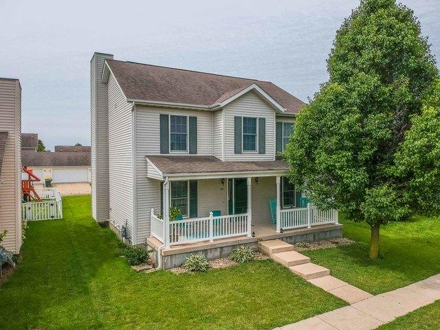 917 Perry Lane, Normal, IL 61761 (MLS #10426945) :: Berkshire Hathaway HomeServices Snyder Real Estate