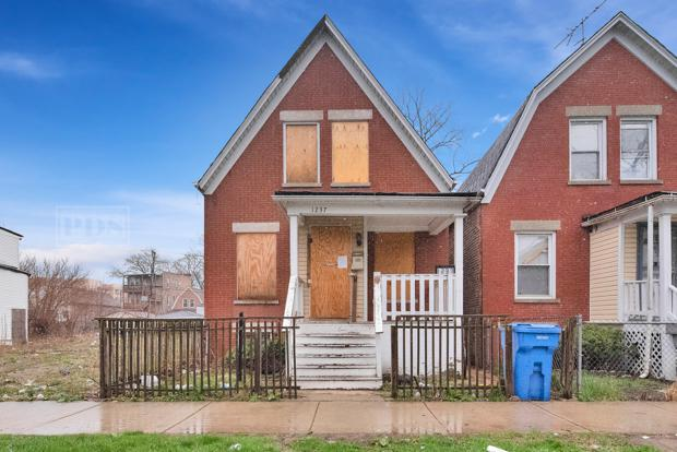 1237 S Kedvale Avenue, Chicago, IL 60623 (MLS #10427208) :: Touchstone Group