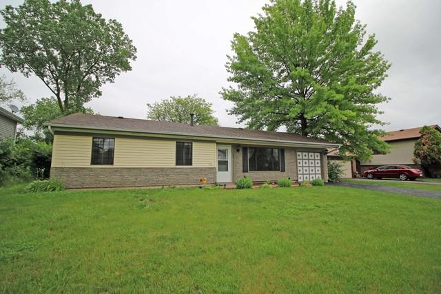 4039 Bayside Drive, Hanover Park, IL 60133 (MLS #10428084) :: The Jacobs Group