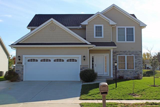 2117 E Slade Lane, Mahomet, IL 61853 (MLS #10428426) :: Ryan Dallas Real Estate