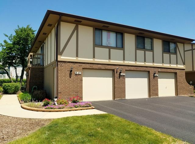 642 Whalom Lane 12-A, Schaumburg, IL 60173 (MLS #10428598) :: Angela Walker Homes Real Estate Group