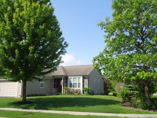 2561 Venetian Lane, Elgin, IL 60124 (MLS #10428789) :: John Lyons Real Estate