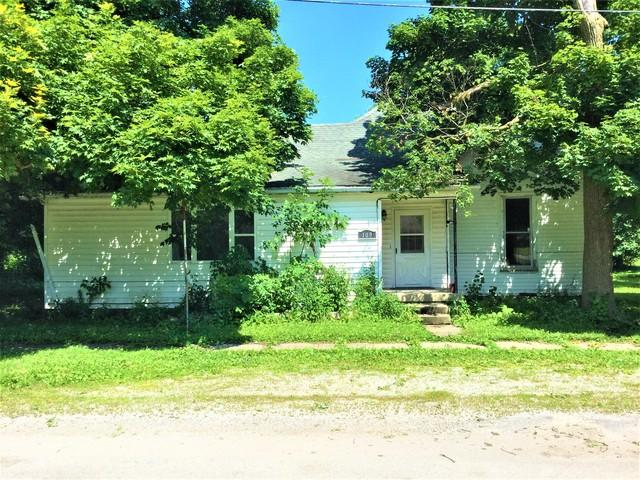 109 S Smith Street, NEWMAN, IL 61942 (MLS #10429293) :: Berkshire Hathaway HomeServices Snyder Real Estate